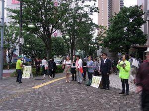 品川・生活者ネット前区議の井上八重子からもアピール。大井町駅前で、6月28日